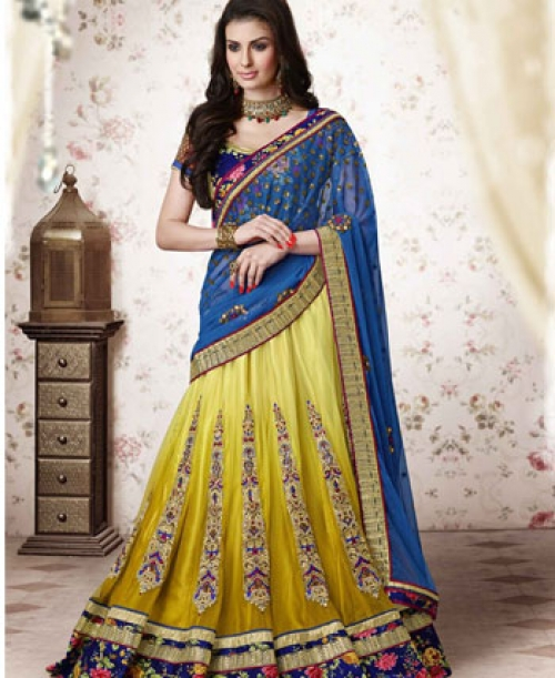 b0bcc728cd070 Saree lehengas - a stylish look for wedding receptions