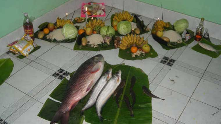 Fish-fowl-and-tribal-weddings