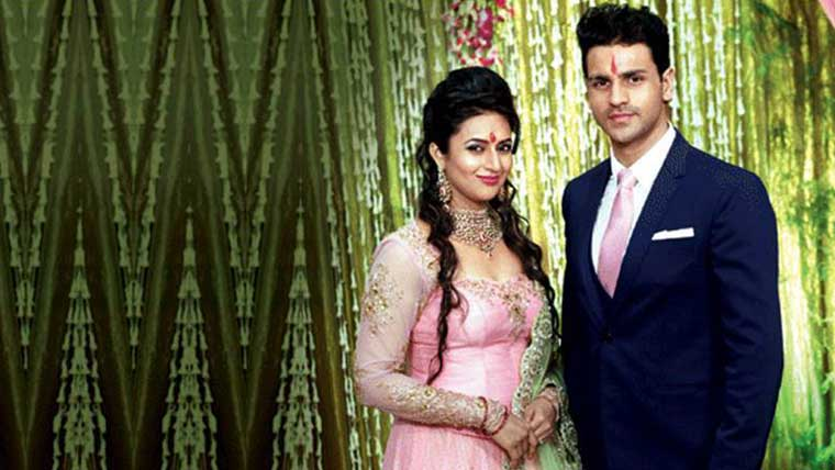 Dreamy-pre-wedding-photo-shoot-Divyanka-&-Vivek