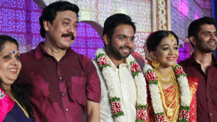 Director-Vinayans-daughter-Nikita-gets-married