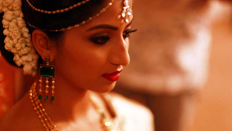 Aneena-and-Manu's-traditionally-rich-modern-wedding