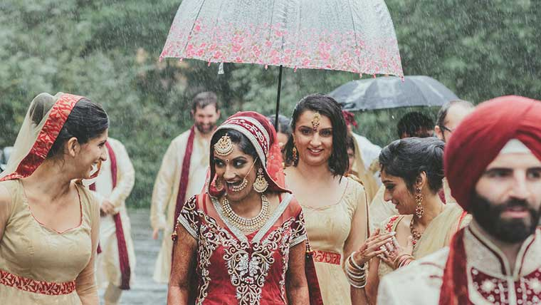 Tips-to-be-a-glowing-monsoon-bride