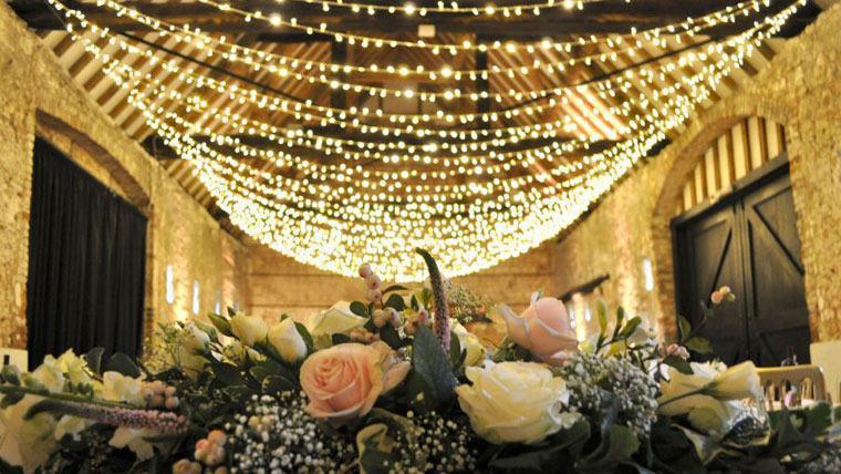 Transform-your-wedding-venue-to-a-magical-land