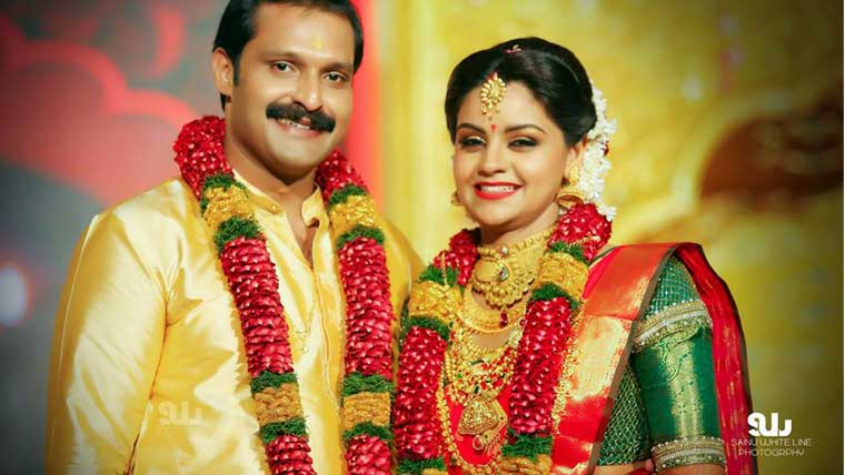 Actress-Shilpa-Bala-enters-marital-bliss