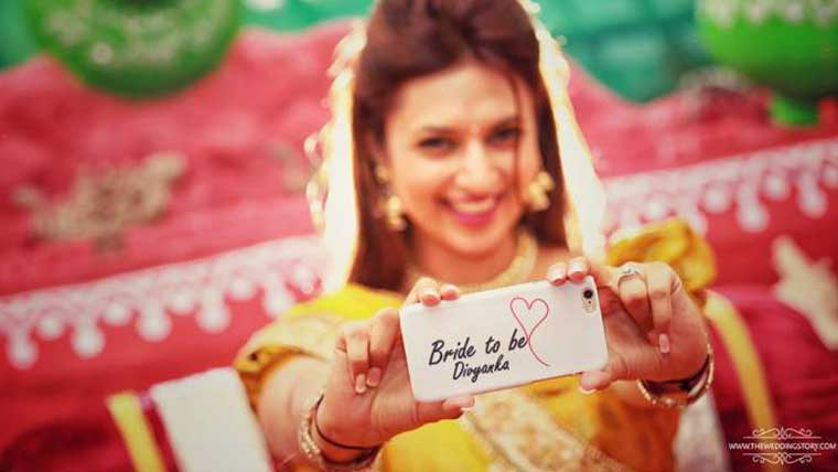 Divyanka-looks-like-a-dream-in-haldi-pictures